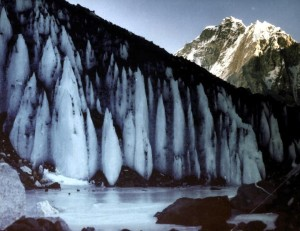 Sull' Everest da solo sicuro di tornare