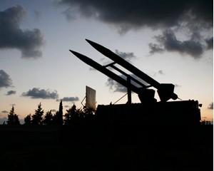 Beirut: 2 missili sul quartiere sciita  il Libano rischia il conto della crisi siriana