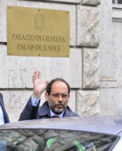 """Torna lo """"Scorpioncello"""":  cò 'sta Pellegrini e 'sto Ingroia  ci avete fatto proprio du' zampogne!"""