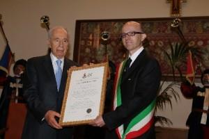 Cittadinanza per la pace  al Presidente Shimon Peres
