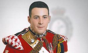 Sul web dubbi sulla ricostruzione  dell'omicidio del soldato britannico
