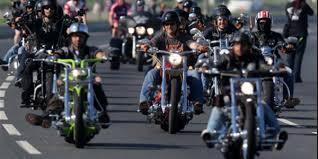 La fabbrica Usa di moto compie 110 anni  in 160 mila a Roma da tutta Europa  un solo amore: Harley-Davidson