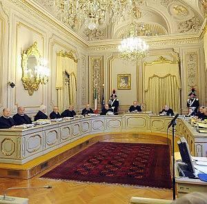 Gasparri minaccia dimissioni in massa Pdl  se Consulta non darà ragione a Berlusconi