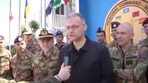 Arrivata a Roma la salma dall'Afghanistan:  L'estremo atto eroico del capitano La Rosa  per proteggere i compagni dall'esplosione
