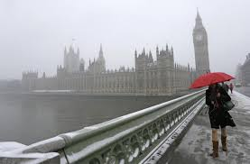 """Gran Bretagna chiederà """"giro di vite""""  su """"abusi"""" per libera circolazione UE"""