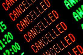 Odissea nella notte a Verona:  l'aereo da Roma per Bolzano è guasto  polemica Darwin Airlines-passeggeri
