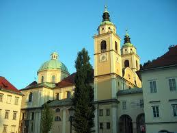 Papa Francesco sostituisce  i vertici della Chiesa slovena per un crack finanziario