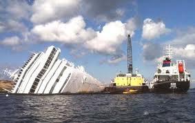 Il naufragio della Costa Concordia:  a Grosseto le prime cinque condanne  per omicidio plurimo e lesioni colpose.  Anticipo che sa di conferma di fatto  della responsabilità di capitan Schettino