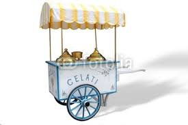 """Pensano e inventano un'impresa:  non hanno lavoro e così cosa fanno?  ecco il """"carretto che portava gelati"""""""