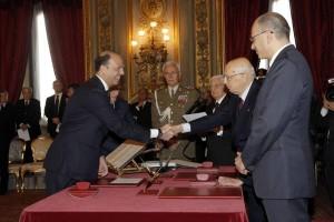 Il Pdl vuole più posti nel Governo  Forse non hanno capito la situazione  Tutto rinviato al 30 la con sentenza Berlusconi?