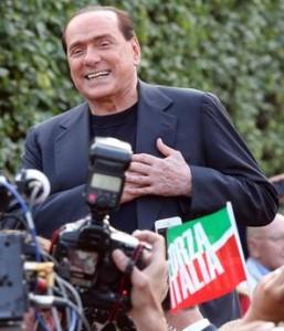 Berlusconi acclamato ad Arcore  Lodi per lui critiche ai magistrati  La Santanché rischia il voto alla Camera