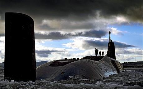 A rischio base sommergibili nucleari Uk  Se vincono gli scozzesi li cacciano subito