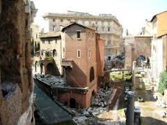 Il FAI su Teatro Marcello ai privati:  Marino cancelli il bando di Alemanno