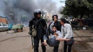 Carneficina al Cairo. Migliaia di morti?  Preoccupazione per la situazione che precipita.  Assaltate 22 chiese e scontri in tutto il Paese.  Si è dimesso il Vice Presidente El Baradei
