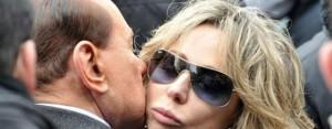 Berlusconi deve decidere sul da farsi  Pochi i margini di manovra da condannato  In campo Marina? Lui, però, non può fare campagna elettorale stando ai domiciliari
