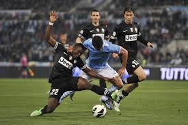 Calcio Supercoppa:  la Juve cala il poker, Lazio travolta