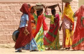 Papa Francesco: capire il ruolo della donna  Alfano: il 30 % degli omicidi contro le donne