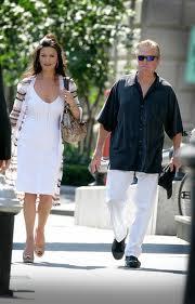 Michael Douglas divorzia  Alla Zeta Jones 380 milioni di $