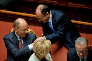 Letta non segue il Pdl e Berlusconi:  qualunque cosa decide il Pd, a me va bene.