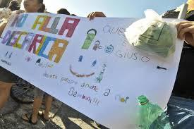 """Malagrotta chiude definitivamente  La nuova discarica romana sull'Ardeatina  Continuano le proteste con i blocchi stradali  e il IX Municipio annuncia dura """"battaglia"""""""