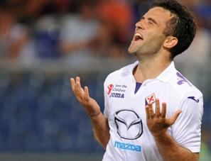 Roma, Inter e Milan agguantano in testa Napoli e Juve. La Fiorentina travolge il Genoa. Kakà di nuovo nel Milan