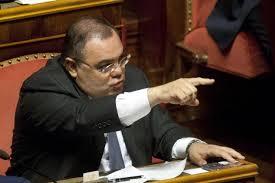"""Rivelazioni del 2008 sul processo Mediaset.  Il senatore De gregorio """"inguaia"""" di più Berlusconi: il Cavaliere di nuovo Premier avrebbe bloccato una rogatoria a Hong Kong"""