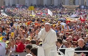 """Papa Francesco e la Chiesa """"misericordiosa"""". Alla ricerca di nuove strade."""