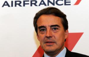 Alitalia – Air France:  il ministro Zanonato nega le trattative e spuntano fuori incognite sul debito. Nel mirino di Air France-Klm pure un certo numero di Airbus acquisiti dai Toto