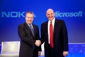 """Microsoft acquista Nokia  Oltre 5 miliardi di Euro """"casch"""""""