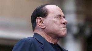 """Napolitano, con gli """"ambienti del Quirinale"""",  avverte Berlusconi: ricorda ! Ti sei impegnato con il Governo Letta"""