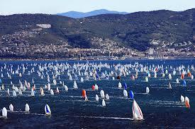 """Trieste in fermento per """"La Barcolana"""". Una regata che più regata di così non c'è. Eccezionale la partecipazione. Domenica 13 ottobre la gara"""