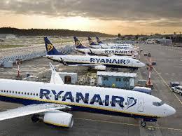 Ryanair multata di 10 milioni di euro: ha assunto a Marsiglia dipendenti con contratto irlandese che vivono e lavorano in Francia