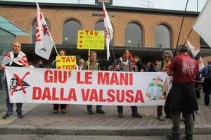 """Napolitano in campo contro i violenti tra i """"no- tav"""". Il Presidente interviene dopo le minacce al collega de La Stampa"""