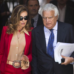 """Dopo lo """"strappo"""" Berlusconi Alfano si minimizza sulle spaccature del Pdl. Berlusconi non andrà al Senato per la sua """"decadenza"""""""