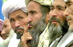 Dura polemica di Karzai su intervento  in Afghanistan:  non é servito a niente