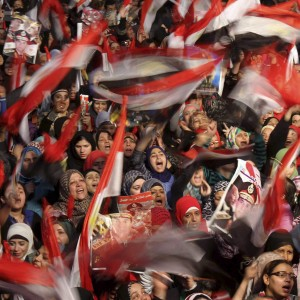 Egitto, nuovo bilancio degli scontri che insanguinano il paese, nell'anniversario della rivolta contro Mubarak: almeno 49 i morti in queste ultime 24ore