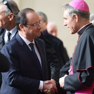 Hollande: prima visita in Vaticano per il Presidente francese