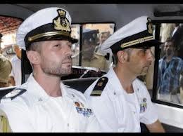 """Preoccupazione per la sorte dei marò Girone e Latorre. Il Governo si muove con un ricorso alla Corte Suprema di New Dehli. Ma è il """"balletto"""" dei rinvii e delle """"contraddizioni"""" indiane la vera pirateria"""