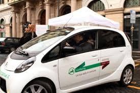 """""""Car Sharing"""" a """"flusso libero"""" per Roma Capitale. Via libera della Giunta per la selezione degli operatori"""