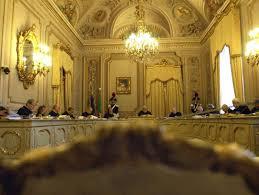 Depositata la sentenza della Consulta: Porcellum fine, Parlamento legittimo. Senza riforma si voterebbe col proporzionale puro senza premi di maggioranza e con una preferenza