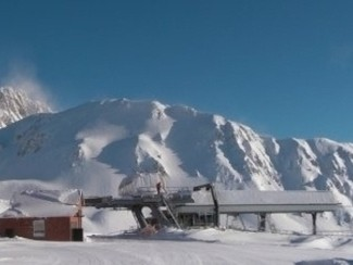 Due fratelli sciatori travolti da una valanga in Abruzzo sul massiccio del Gran Sasso. Un morto e un disperso
