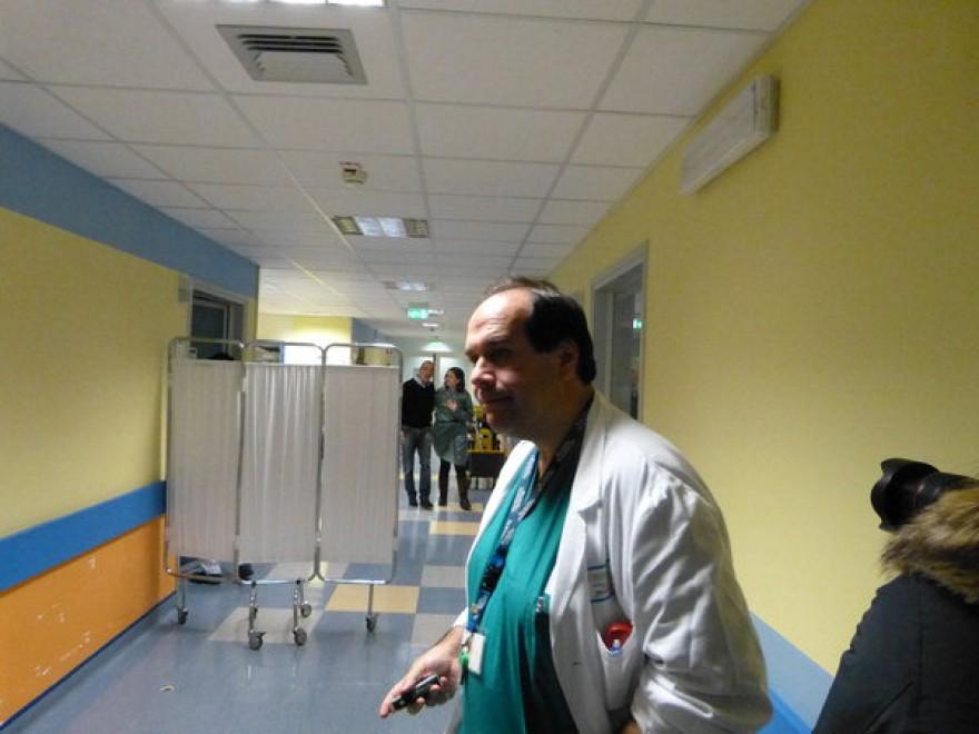 """Cauto ottimismo dei medici di Parma: """"Il decorso post operatorio di Bersani prosegue positivamente. Matteo Renzi annulla gli impegni di Firenze e va in ospedale da Pier Luigi"""