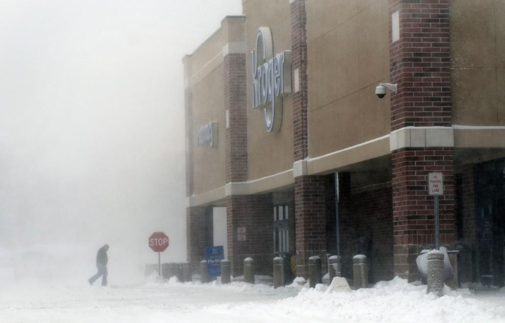 Nuova più fredda ondata di gelo artico sul Nord Est degli Usa con -53 nel Montana. Già 10 morti. Problemi per il traffico aereo. Disagi e ritardi nei collegamenti con l'Europa