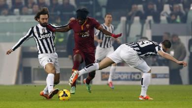 Torna la serie A con gli anticpi del sabato: Juventus-Roma 3-0, Chievo-Cagliari 0-0, Fiorentina-Livorno 1-0