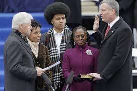 L'italoamericano Bill De Blasio sindaco democratico di New York dopo 20 anni di amministrazione repubblicana. Tirerà la volata per la Casa Bianca a Illary Clinton?
