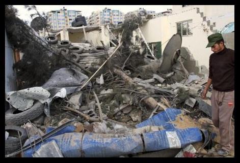 Raid aereo iracheno contro insorti islamisti a Ramadi: 25 morti. Baghdad pronta allo scontro con al-Qaeda