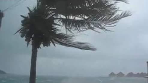 Potente ciclone sconvolge le isole di Tonga