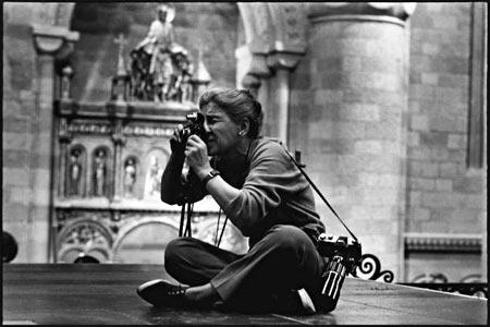 A Torino la storia della foto del XX secolo attraverso gli scatti di Eve Arnold