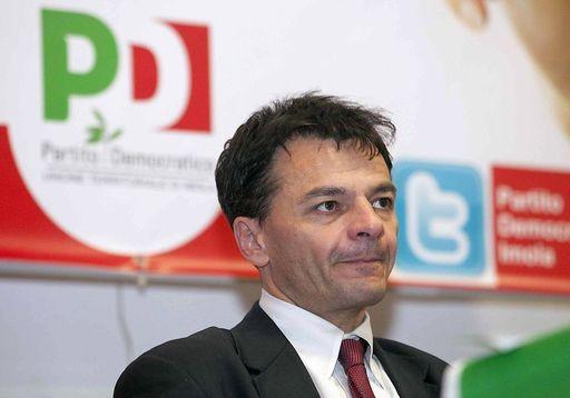 Forte maretta nel Pd: Stefano Fassina offeso dall'atteggiamento di Renzi ne approfitta e si dimette da vice ministro dell'Economia