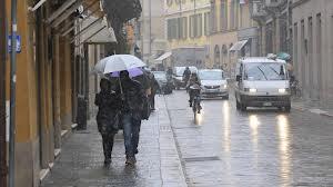 In Italia è arrivato l'inverno, i «giorni della merla» promettono basse temperature, con nevicate previste per Mercoledì. Venerdì torneranno ad alzarsi le temperature.